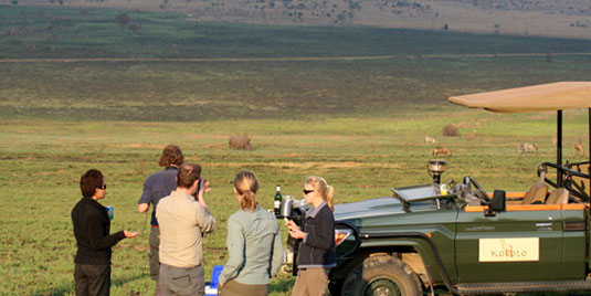Guests Game drive sundowners Kololo Game Reserve malaria-free Waterberg Welgevonden Game Reserve Big 5 Self catering or Fully Catered South Africa