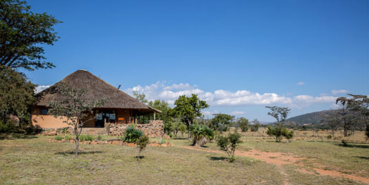 Kololo Game Reserve Standard 5 Bed Chalet Self catering Fully Catered Accommodation malaria-free Waterberg Big 5 South Africa
